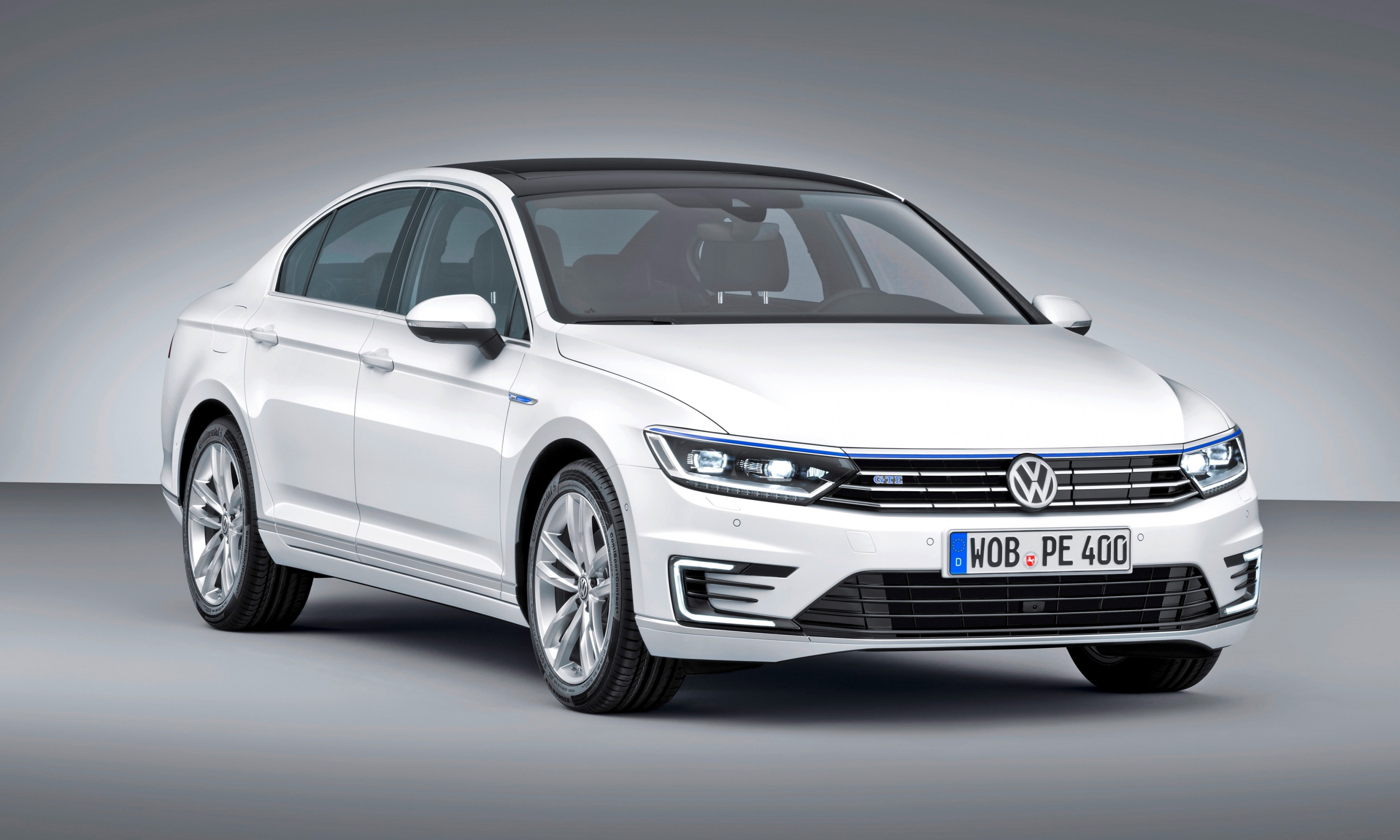 paris debuts 2016 volkswagen passat gte plug in hybrid to arrive in europe october 2015. Black Bedroom Furniture Sets. Home Design Ideas