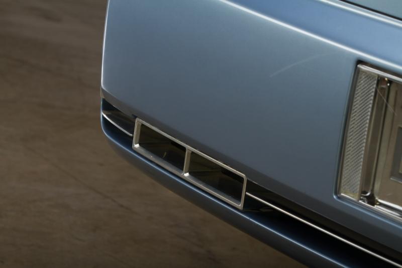 2002 Lincoln Continental Concept 12