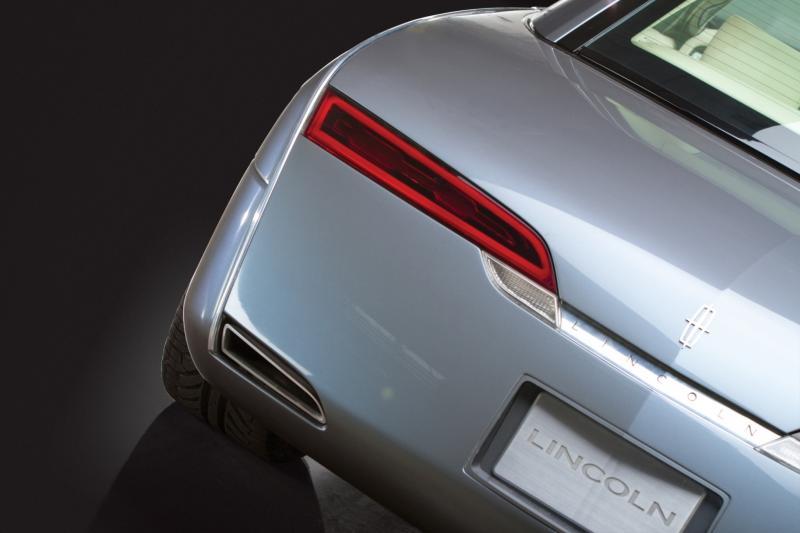 2004 Lincoln Mark X Concept 9