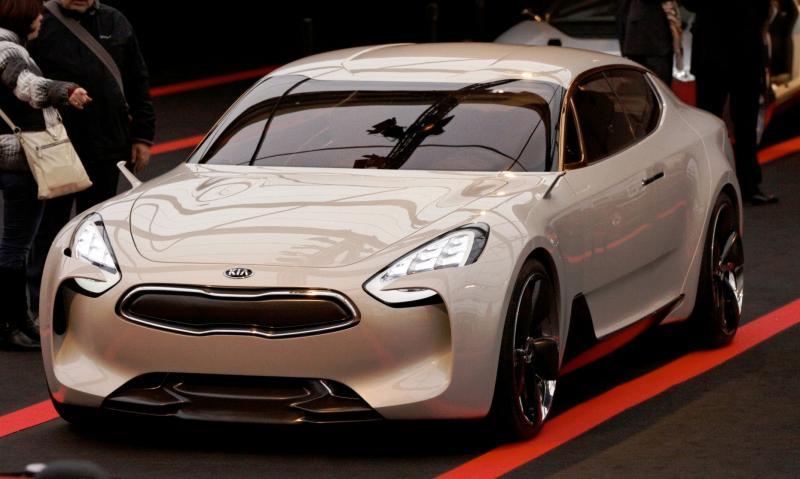 2011 Kia GT 11
