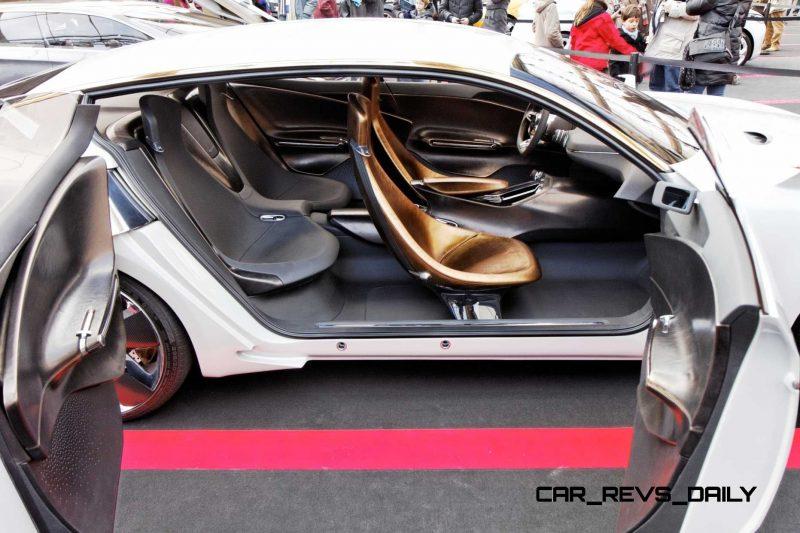 2011 Kia GT 12