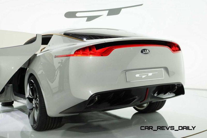 2011 Kia GT 31
