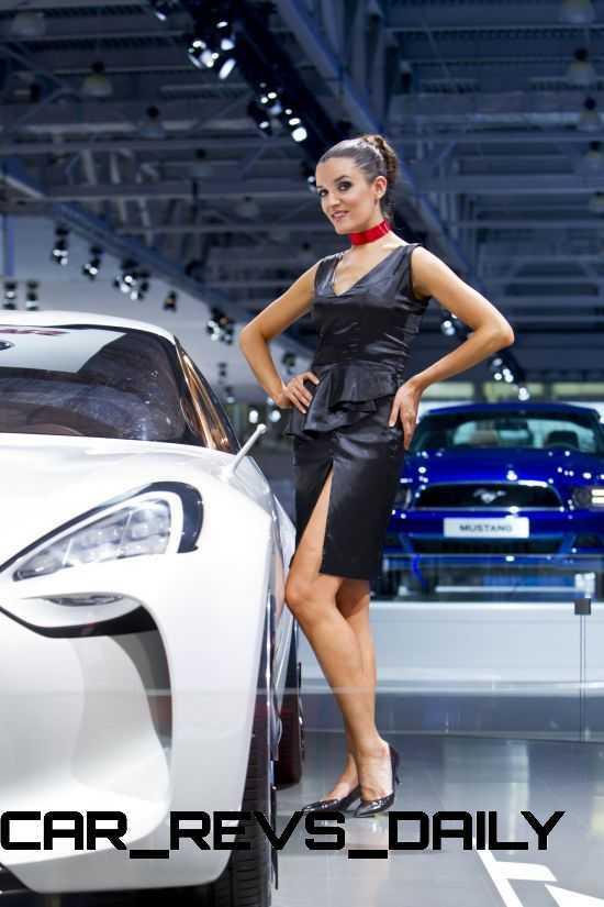2011 Kia GT 36