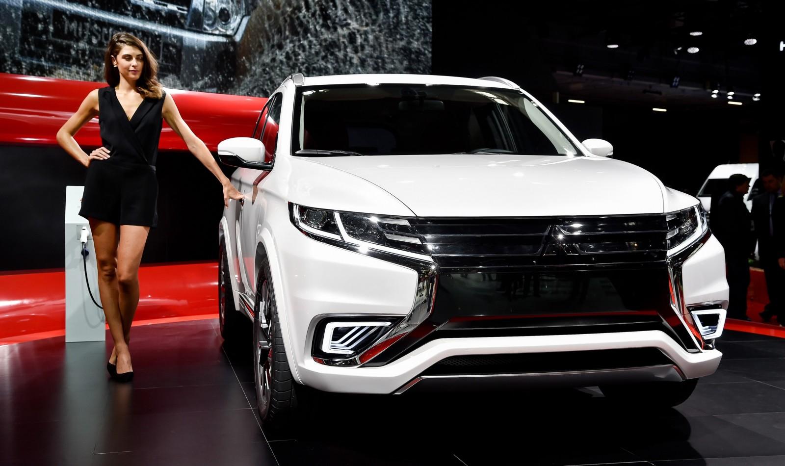 2014 Mitsubishi Outlander PHEV Concept-S 4