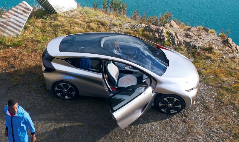 2014 Renault Eolab Concept PHEV 34