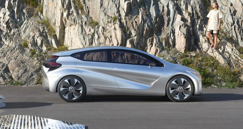 2014 Renault Eolab Concept PHEV 38