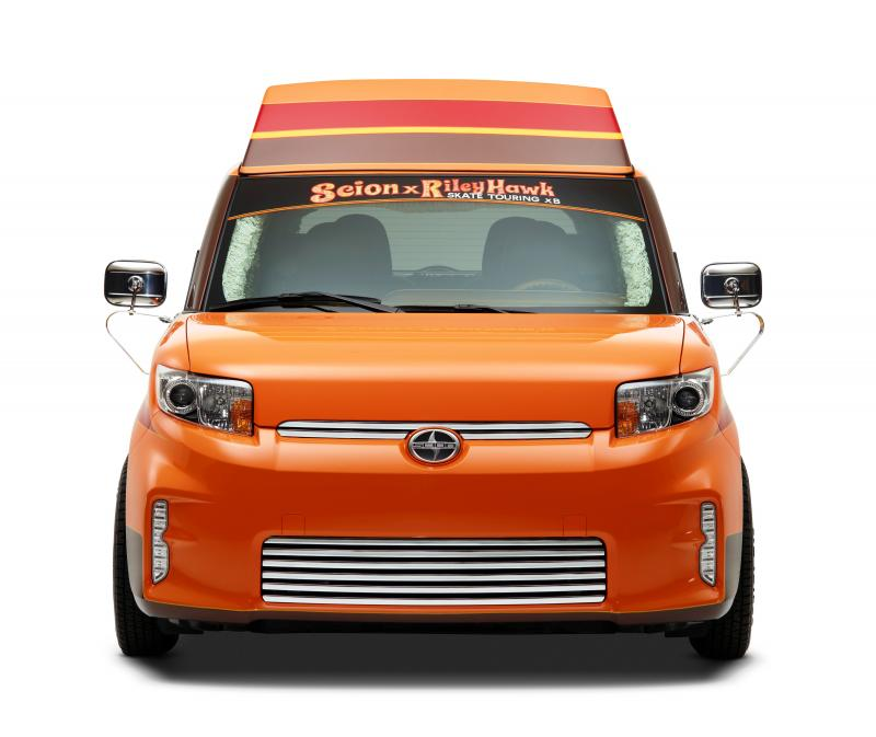 Sema Scion X Riley Hawk Skate Tour Xb X