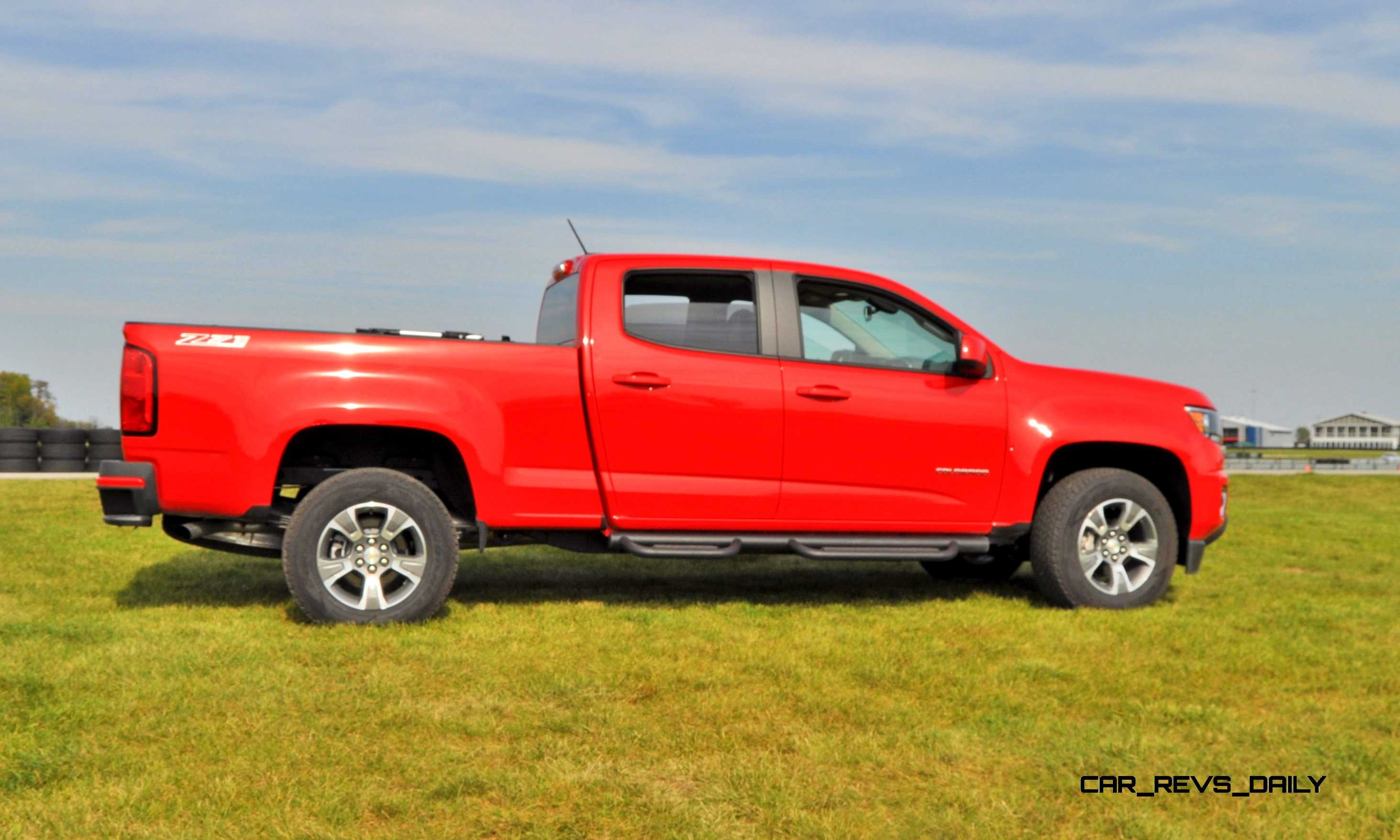 2014 gmc canyon and chevrolet colorado vs toyota tacoma gm. Black Bedroom Furniture Sets. Home Design Ideas