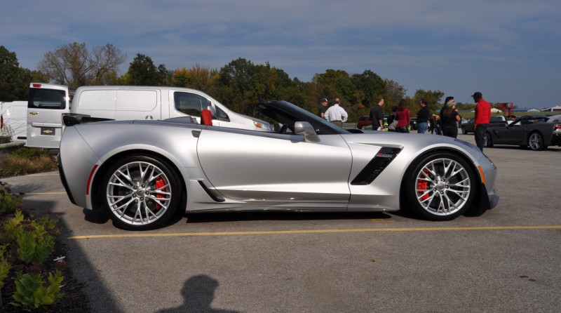 2015 Chevrolet Corvette Z06 Convertible 32