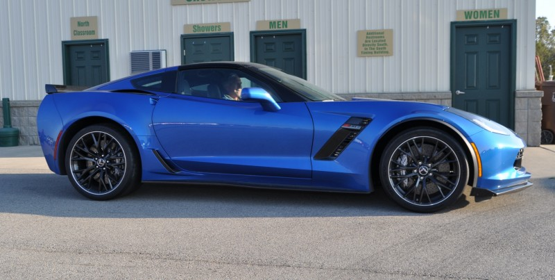 2015 Chevrolet Corvette Z06 Coupe 13