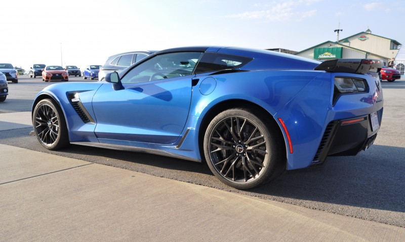 2015 Chevrolet Corvette Z06 Coupe 14