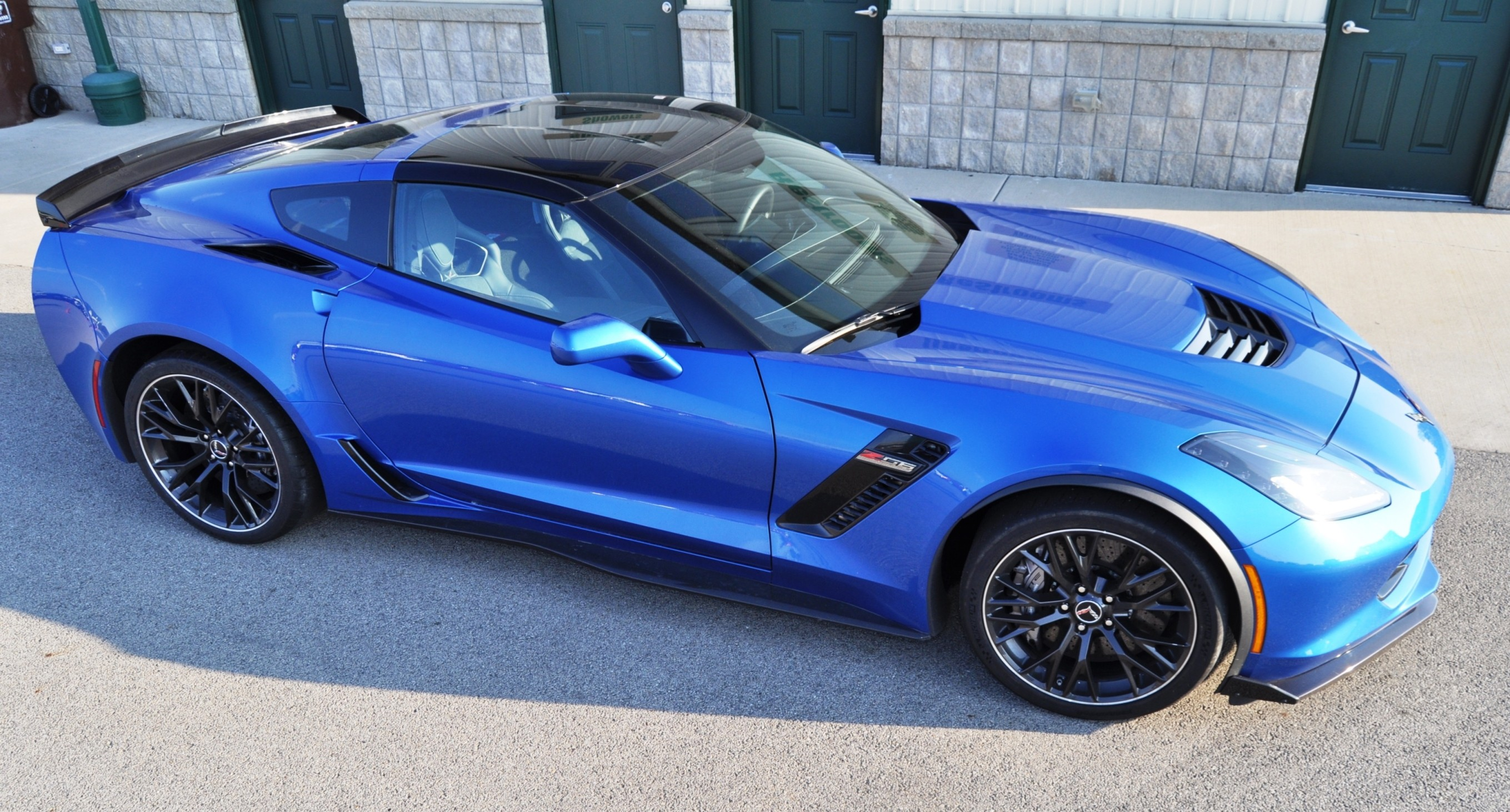part two first ever production 2015 chevrolet corvette z06 with tadge juechter. Black Bedroom Furniture Sets. Home Design Ideas