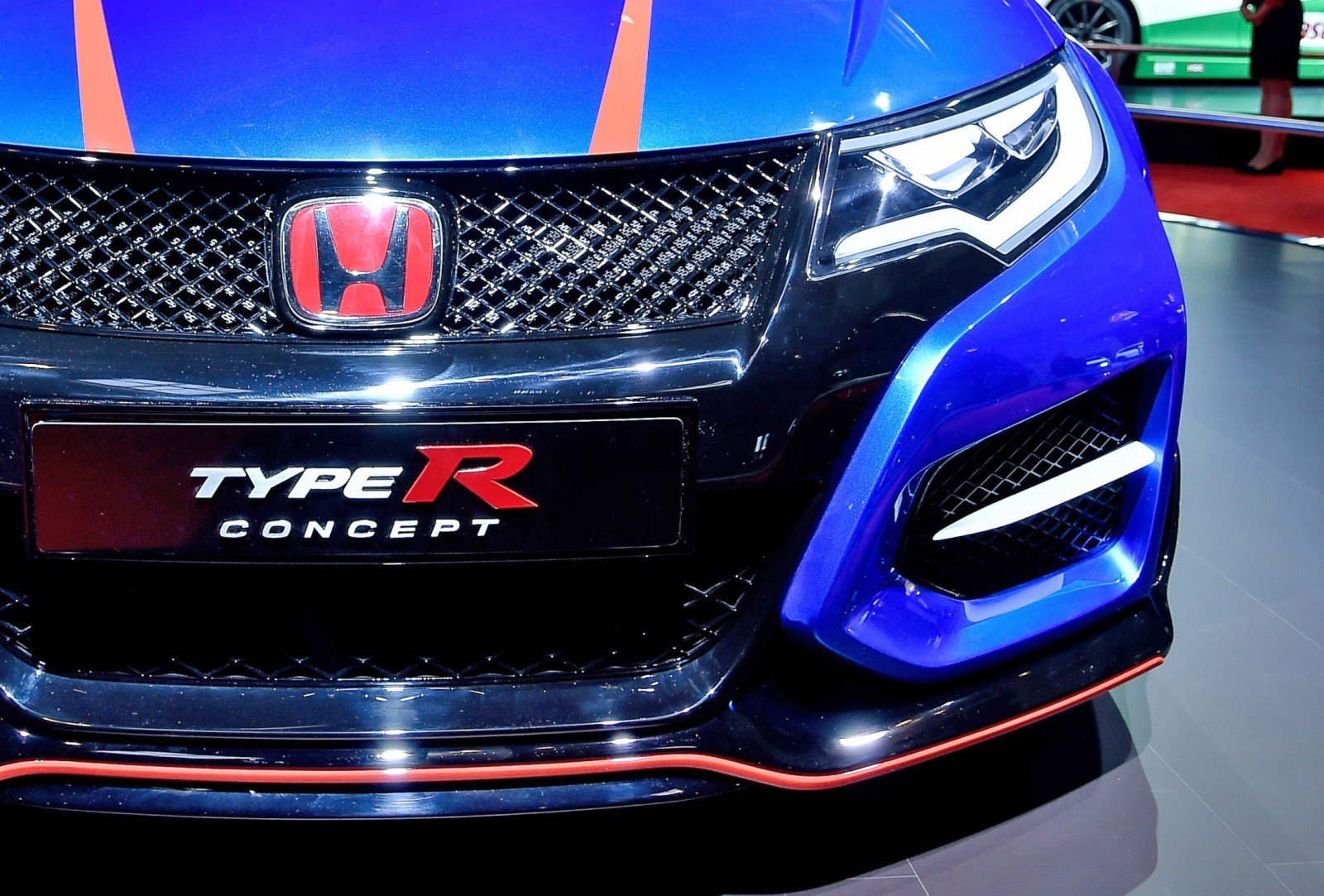 2015 Honda Civic Type R Concept Two Makes Paris Debut 4