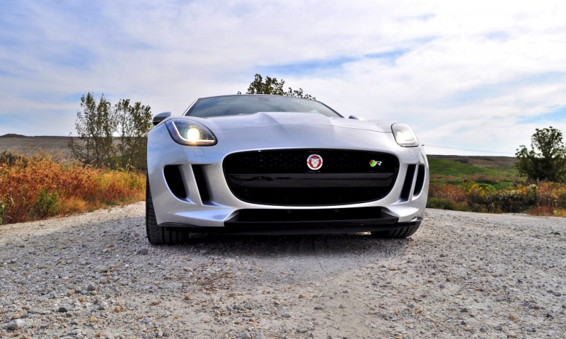 2015 JAGUAR F-Type R Coupe13