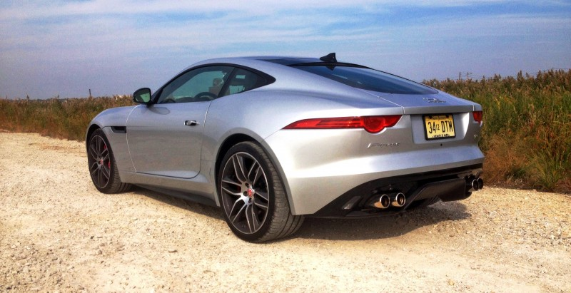 2015 JAGUAR F-Type R Coupe25