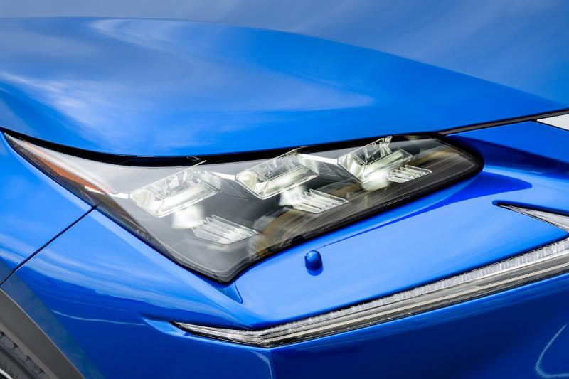 2015 Lexus NX300h F Sport 3