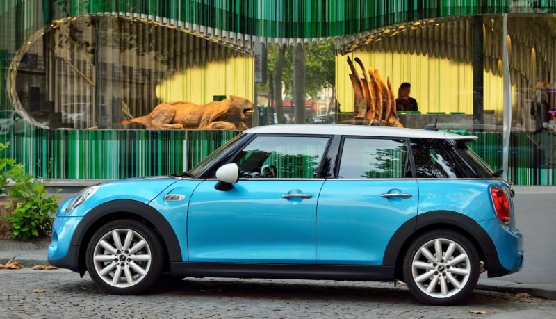 2015 MINI Cooper 5-Door in Postcard-Worthy Trip Around The City of Light 29