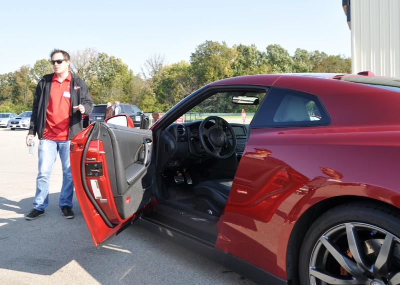 2015 Nissan GT-R 10