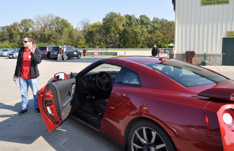 2015 Nissan GT-R 11