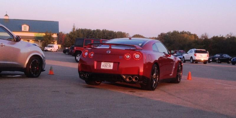 2015 Nissan GT-R 13