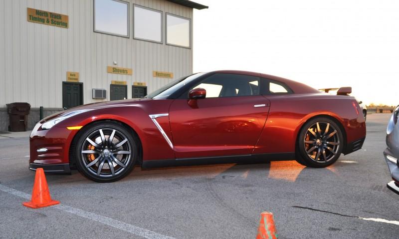2015 Nissan GT-R 3
