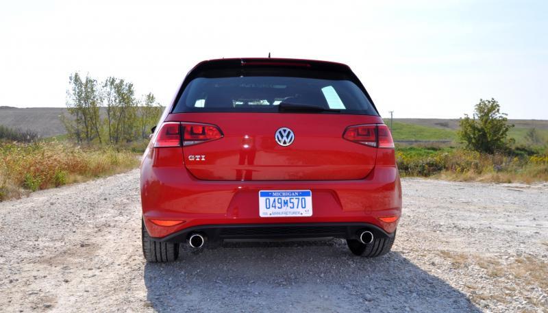 2015 Volkswagen Golf GTI 14