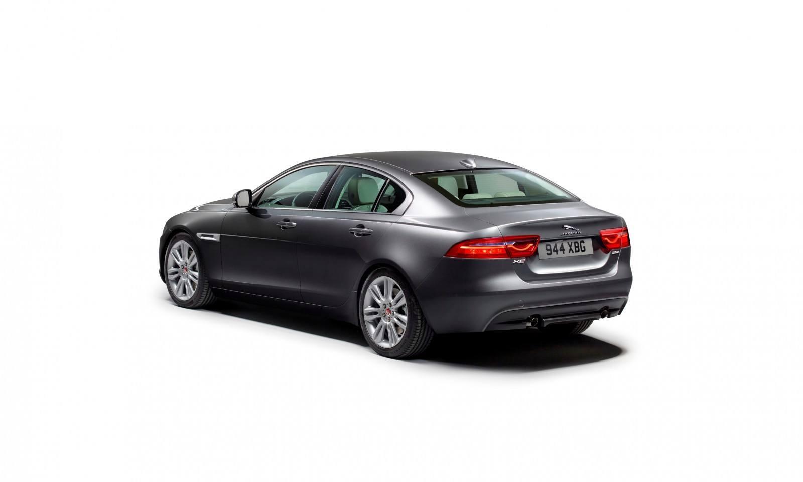 2016 Jaguar XE 16