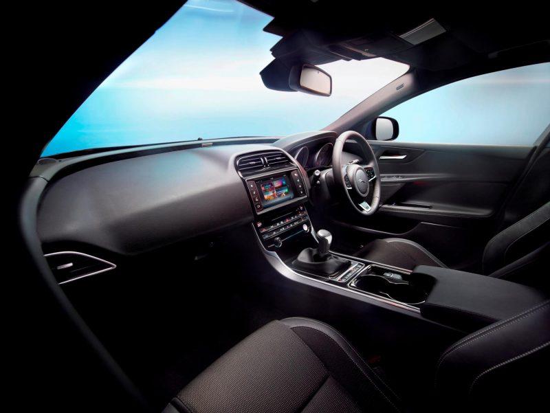 2016 Jaguar XE 45