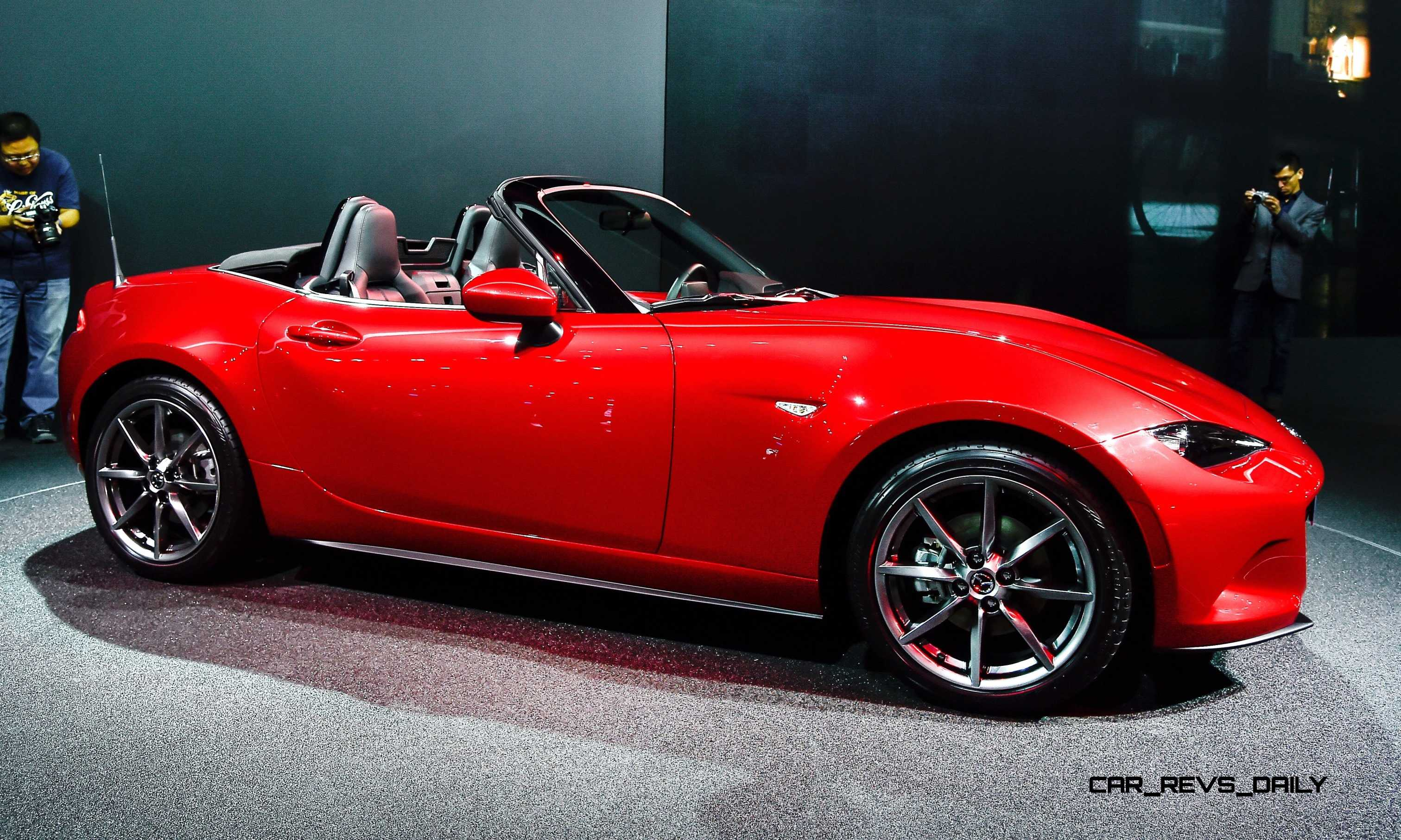 Autoblog Sned Some Of These Fantastic Photos At The Live Reveal Last Night Which Give A Much Nicer Mx 5 To Look Forward