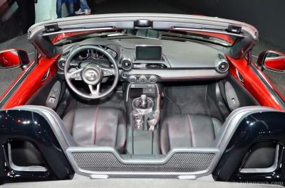 2016 Mazda MX-5 Roadster 9