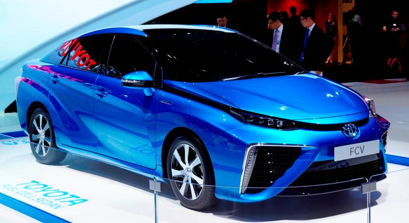2016 Toyota FCV Production Car 1