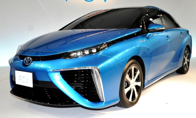 2016 Toyota FCV Production Car 33