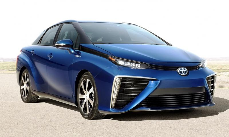 2016 Toyota FCV Production Car 4