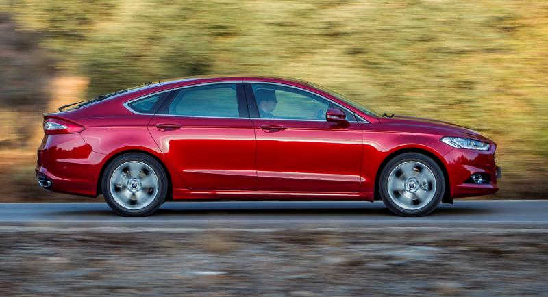 All-new Ford Mondeo debuts Pedestrian Detection; new engines and reduced weight deliver enhanced efficiency -59583
