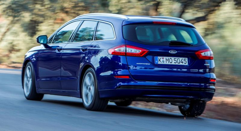 All-new Ford Mondeo debuts Pedestrian Detection; new engines and reduced weight deliver enhanced efficiency -59586