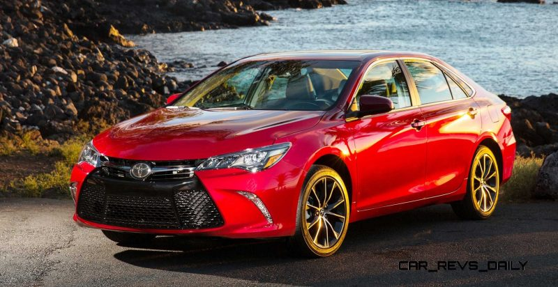 HD Road Test Review - 2015 Toyota Camry XSE 16