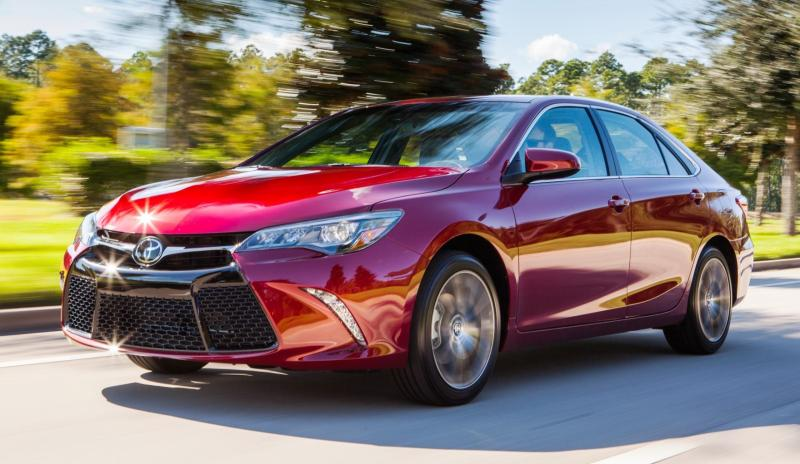 HD Road Test Review - 2015 Toyota Camry XSE 2