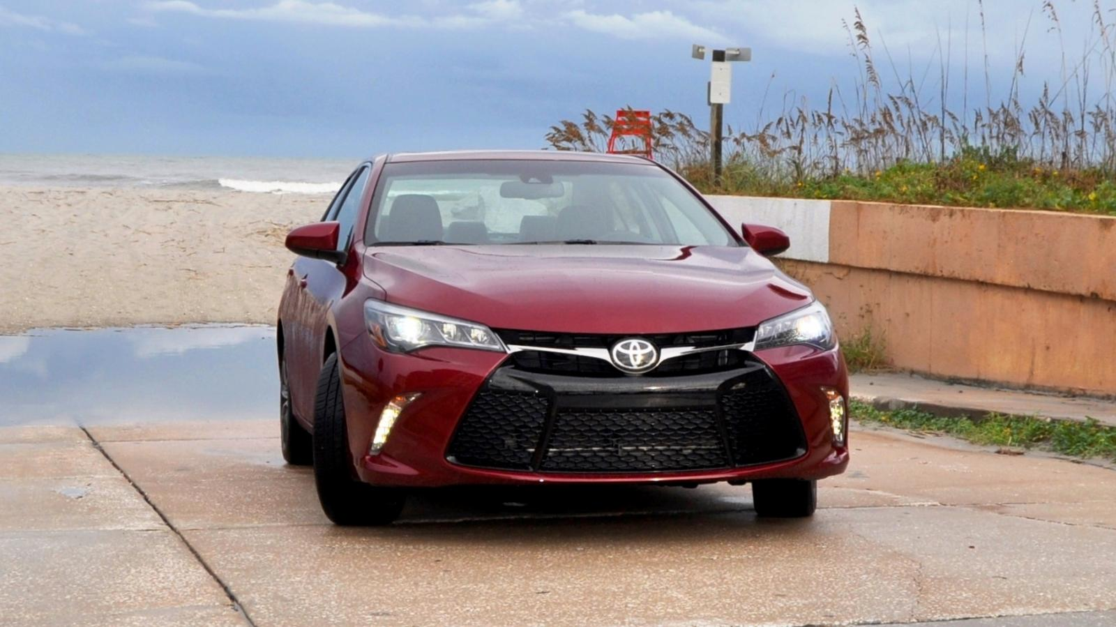 hd road test review 2015 toyota camry xse 32. Black Bedroom Furniture Sets. Home Design Ideas