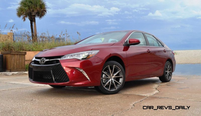 HD Road Test Review - 2015 Toyota Camry XSE 34