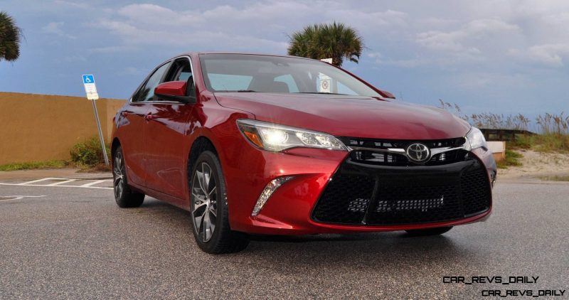 HD Road Test Review - 2015 Toyota Camry XSE 49