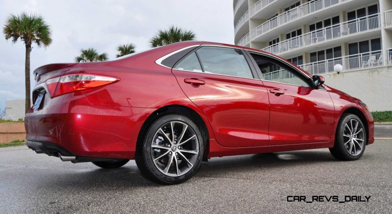 HD Road Test Review - 2015 Toyota Camry XSE 53