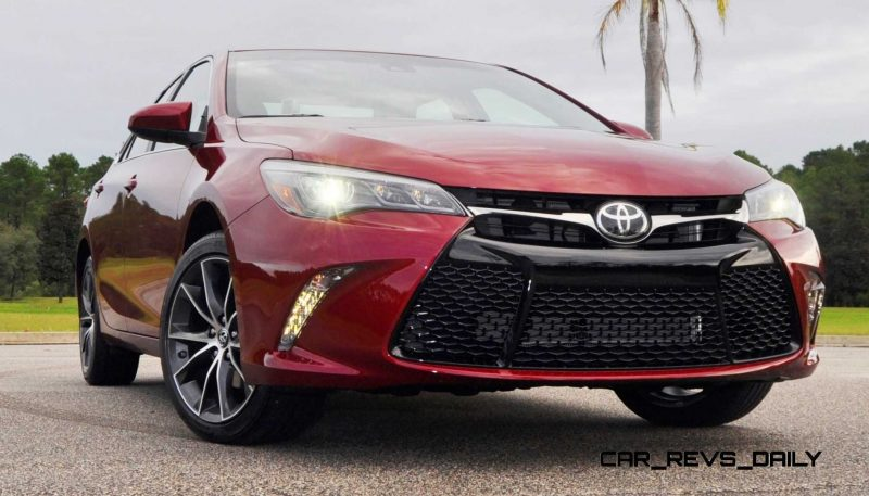HD Road Test Review - 2015 Toyota Camry XSE 60