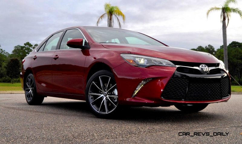 HD Road Test Review - 2015 Toyota Camry XSE 61