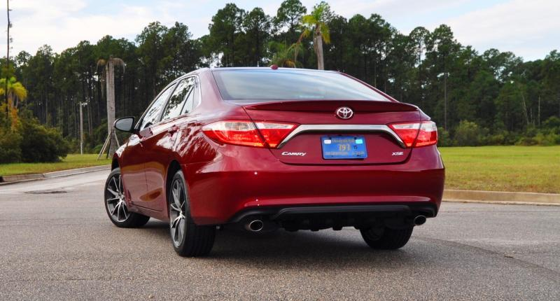 HD Road Test Review - 2015 Toyota Camry XSE 68