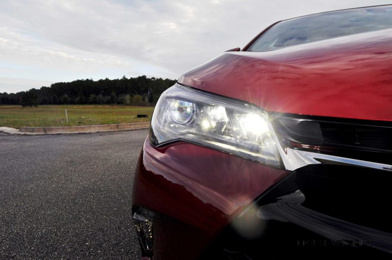 HD Road Test Review - 2015 Toyota Camry XSE 86