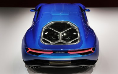 Lamborghini Asterion LPI 910-4  12