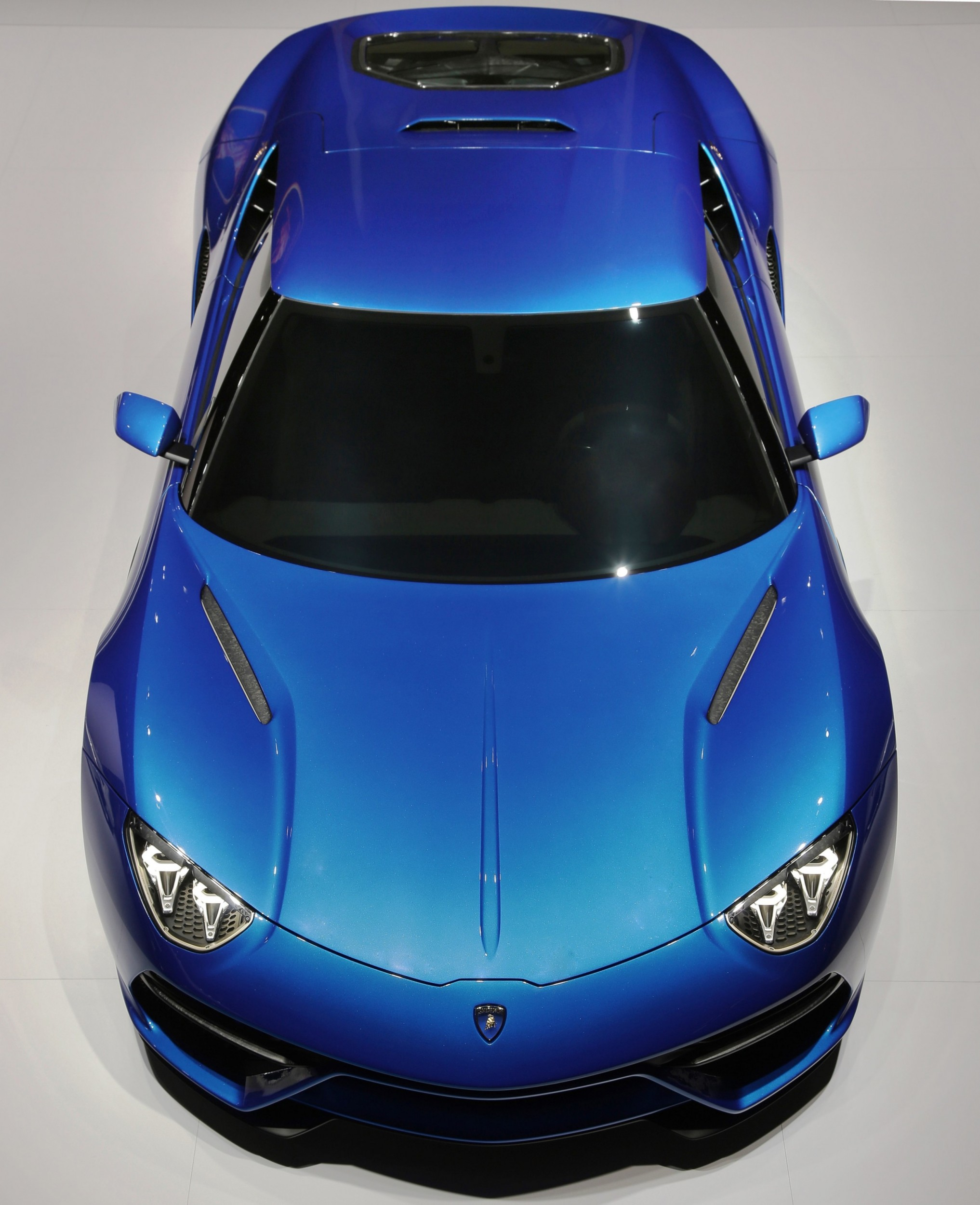 Asterion Returns! Lamborghini LPI 910-4 Asterion Is Back