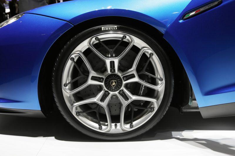 Lamborghini Asterion LPI 910-4 5