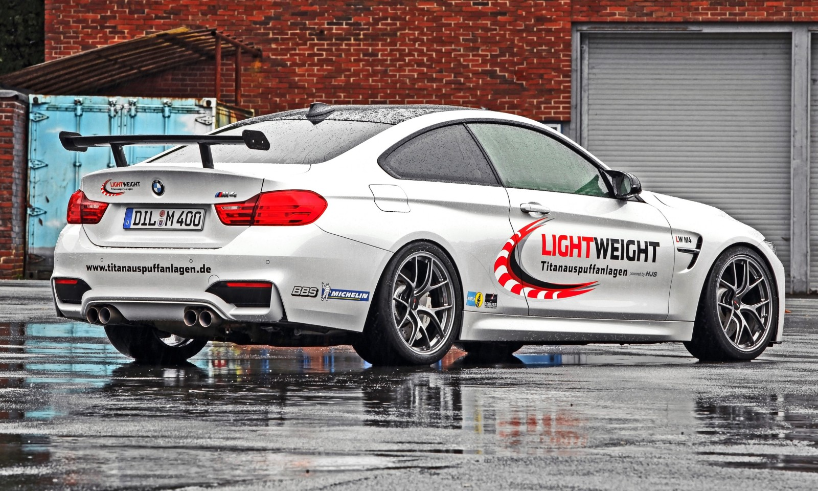 Lightweight BMW M4-2