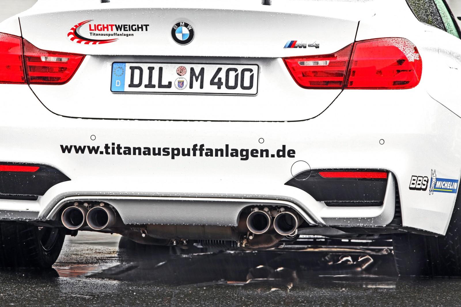 Lightweight BMW M4-6